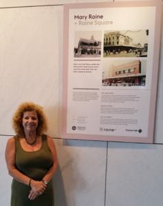 2017 10 15 Elizabeth at Raine Square V2